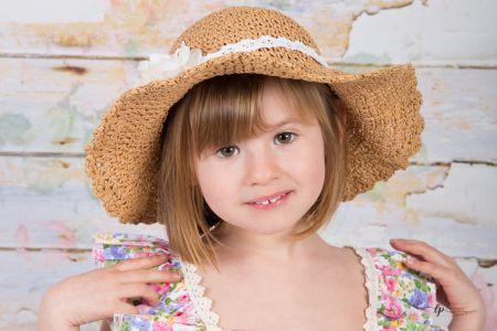 Zoé et son chapeau